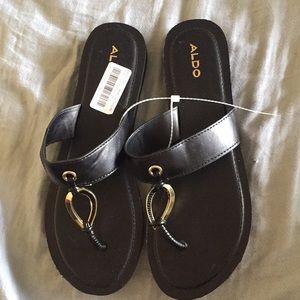 New Aldo sandals size 10
